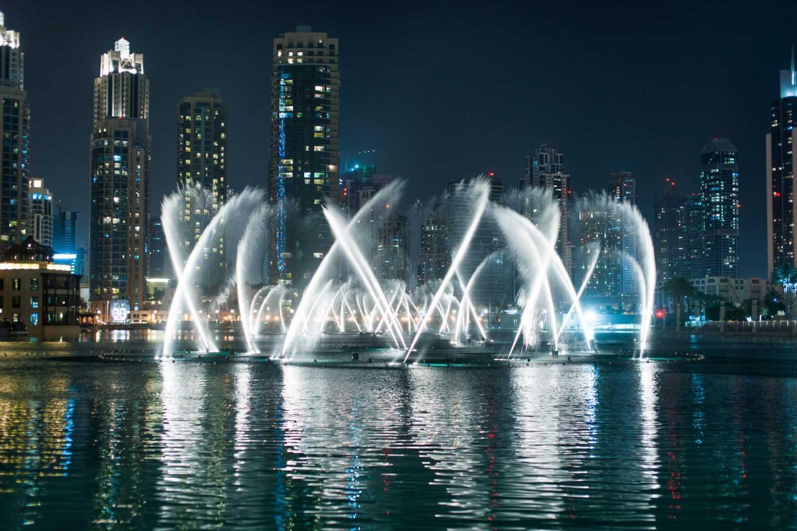 Дубай. Вечернее шоу