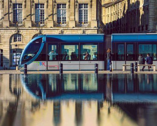 На чем ездить по Бордо?