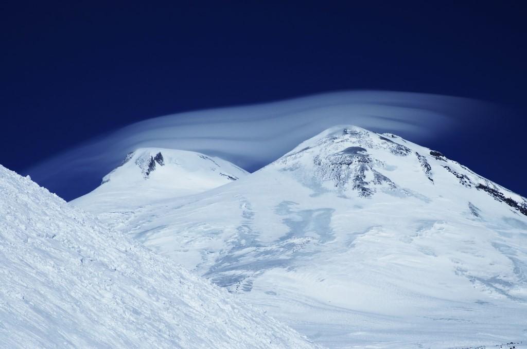 Эльбрус. Кавказский великан_foto