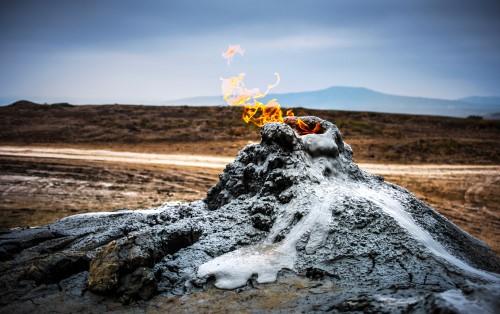 Азербайджан. Земля негаснущего огня_foto